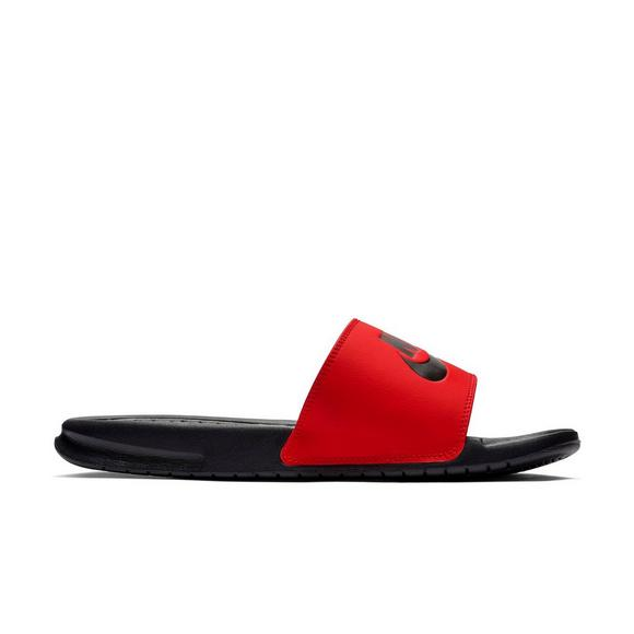 449aec981fe2 Nike Benassi