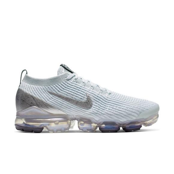 huge selection of 36ce8 43225 Nike Air VaporMax Flyknit 3