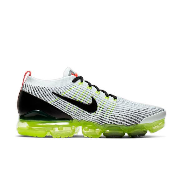reputable site c1eee 28223 Nike Air VaporMax Flyknit 3