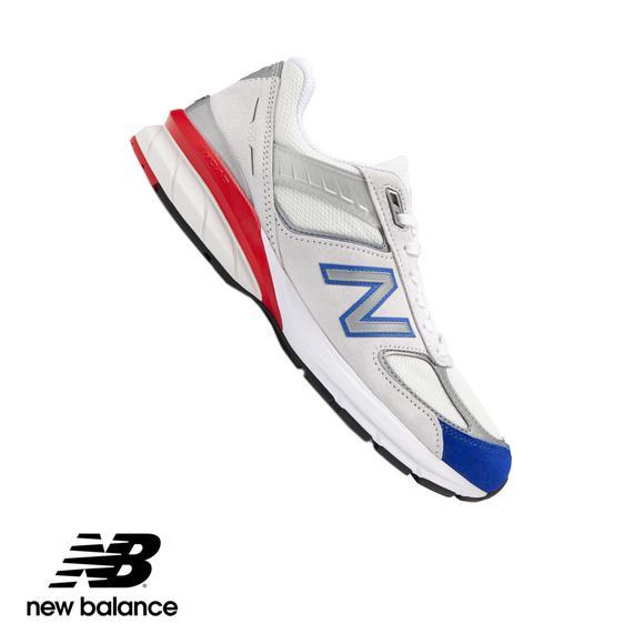 4544121cbe New Balance 990v5