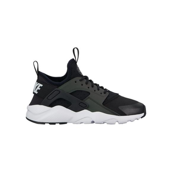0cd47ad560b6d Nike Air Huarache Run Ultra SE