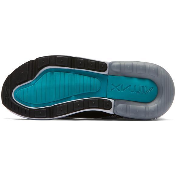 wholesale dealer 95e79 e54cd Nike Air Max 270