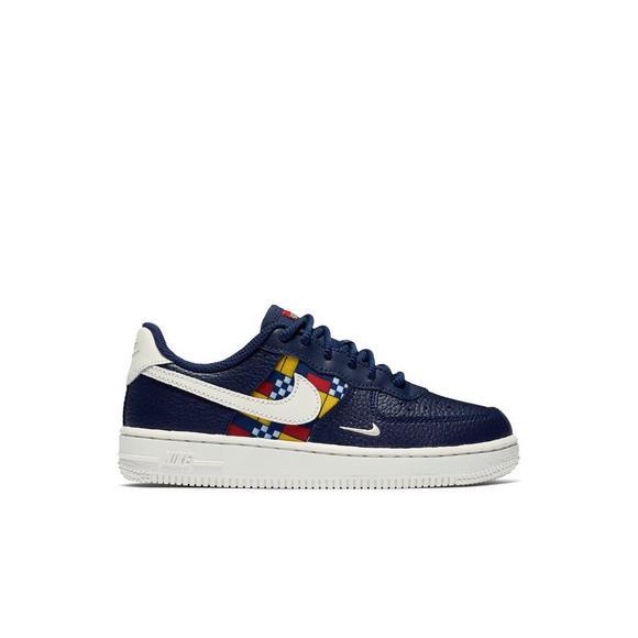 best service 7c2dc 063cc Nike Force 1 LV8