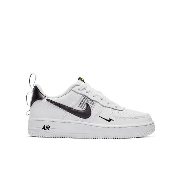 sports shoes 54f85 c4bb7 Nike Air Force 1 LV8 Utility