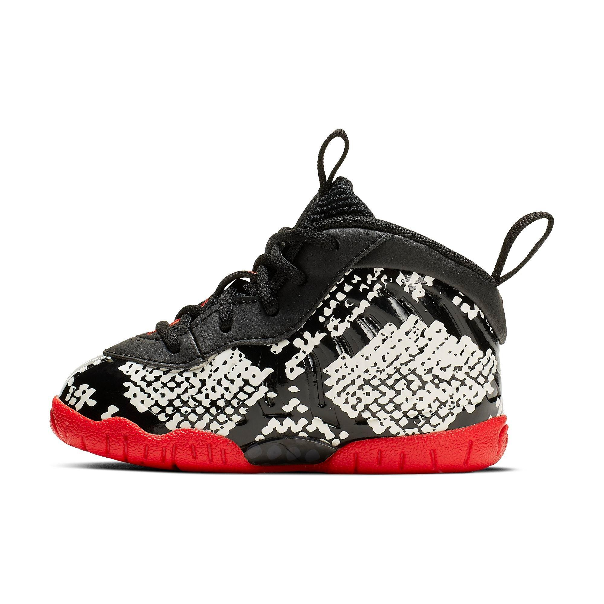 Now Available: Women s Nike Air Foamposite One Chrome ...