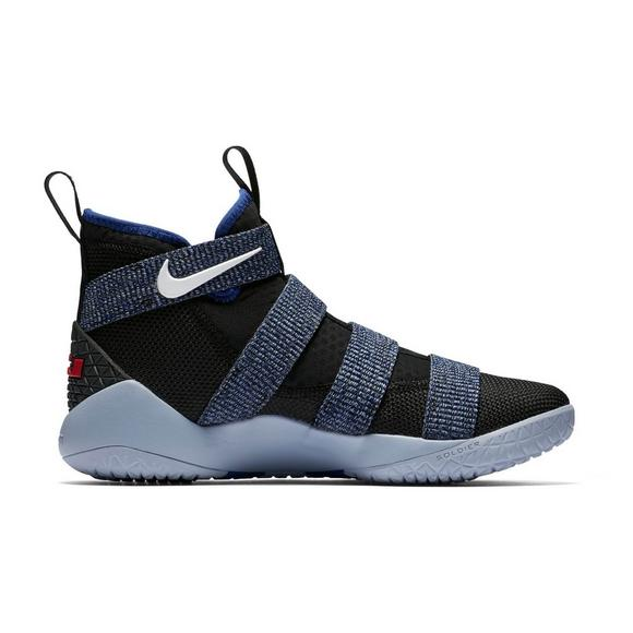 cheap for discount cdab7 effd9 Nike Lebron Soldier XI