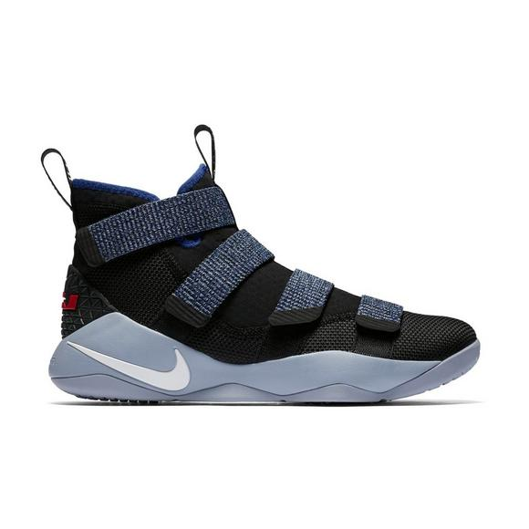 cheap for discount 683db 5c4dc Nike Lebron Soldier XI