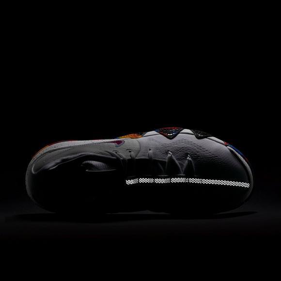 buy popular 290d2 ca13c Nike Kyrie 4