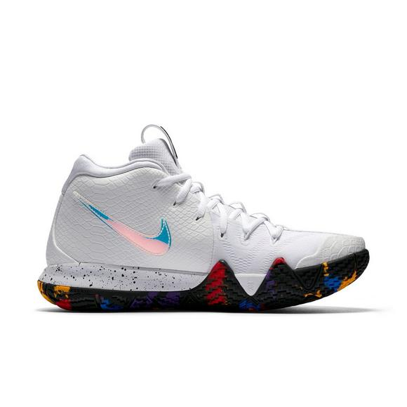 huge selection of ccd17 86281 Nike Kyrie 4