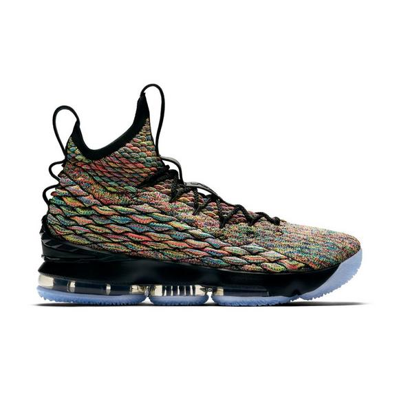 outlet store 7fcb9 688a1 Nike LeBron 15