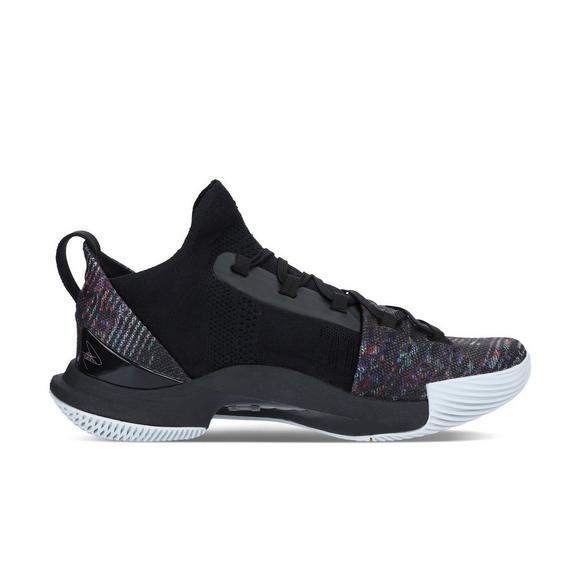 cba8640ea7b7 Under Armour Curry 5