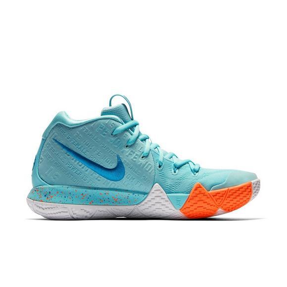 8eb344bae60f Nike Kyrie 4