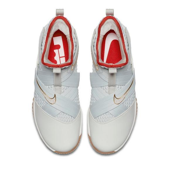 d0d979476dff7 Nike LeBron Soldier 12