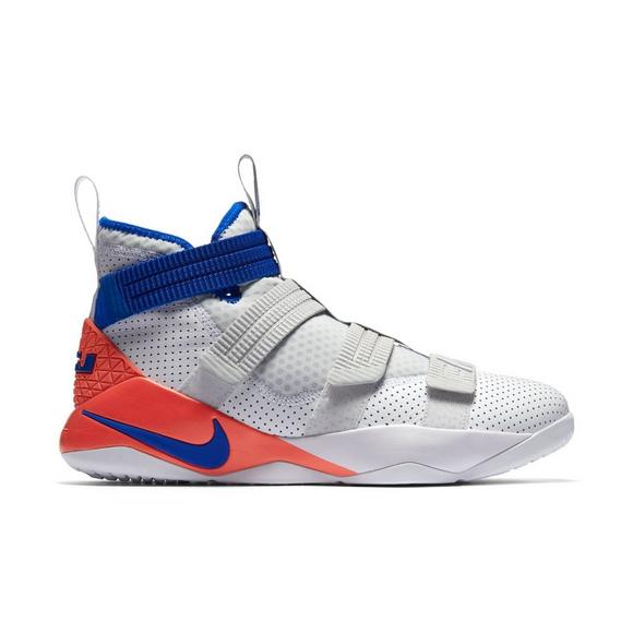 best website 9971e 8b9e8 LeBron Soldier XI SFG