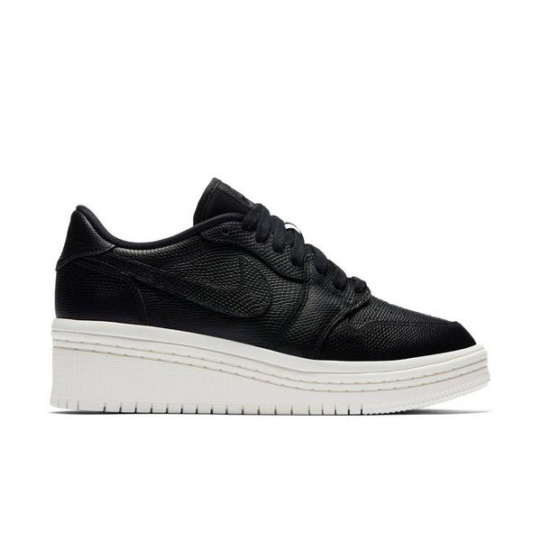 on sale a23f9 c2616 Display product reviews for Jordan 1 Retro Low Lifted