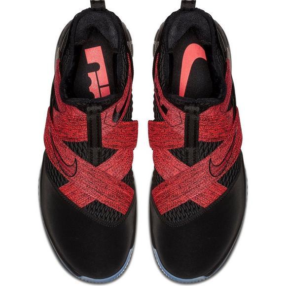 the latest 783e1 f152f Nike LeBron Soldier 12