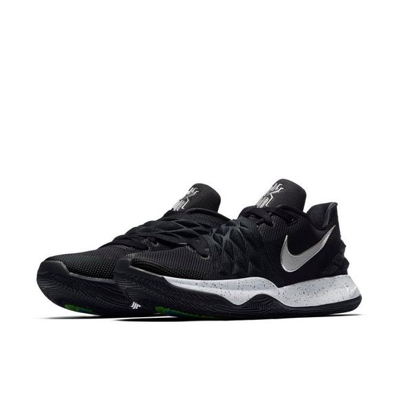 new arrival 93853 db9a7 Nike Kyrie Low