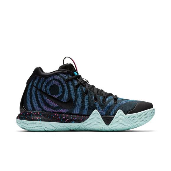ec65bf73b79f Nike Kyrie 4