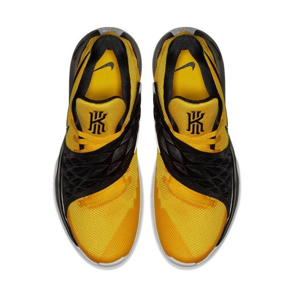 4e8224966bc Nike Kyrie Low