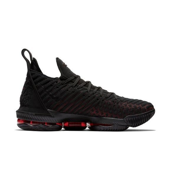cade8f31fb8 Nike LeBron 16