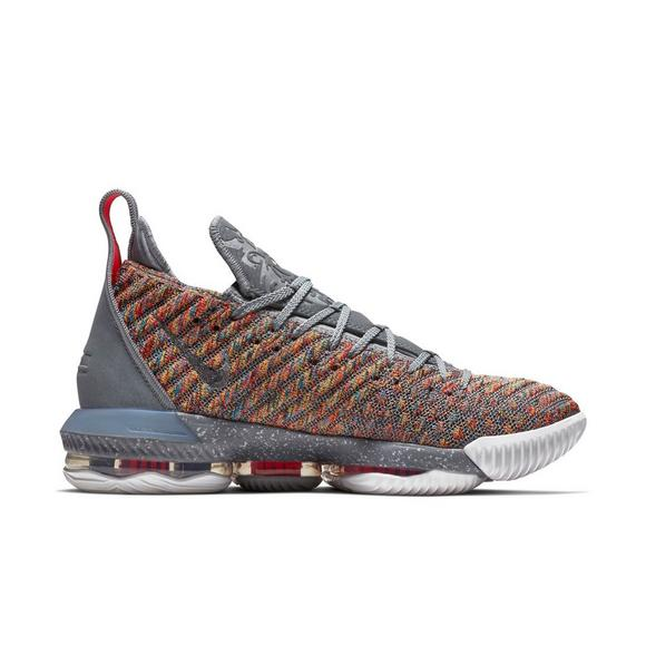 low priced ef770 a3fe1 Nike LeBron 16