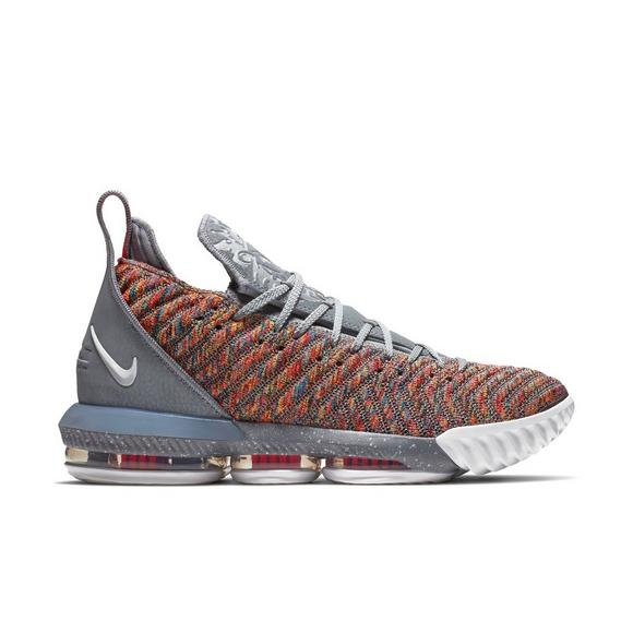 low priced 5489c d3d1e Nike LeBron 16