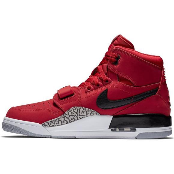 official photos 4f0fc f360c Jordan Legacy 312