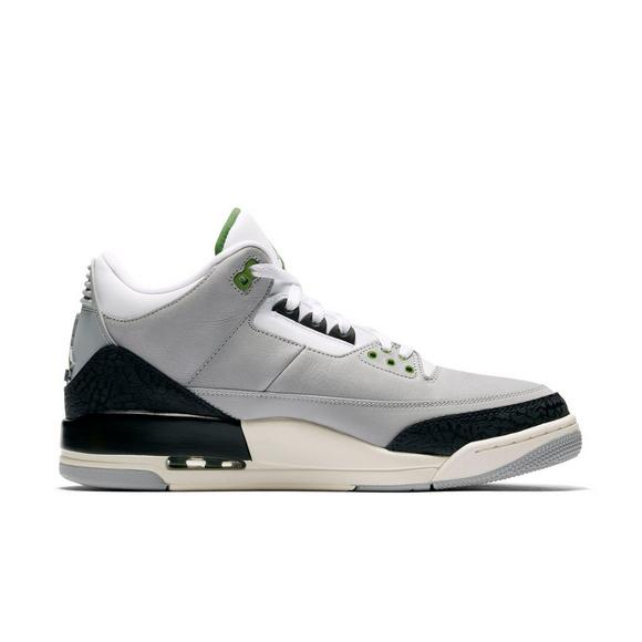 outlet store 28460 bcc21 Jordan 3 Retro
