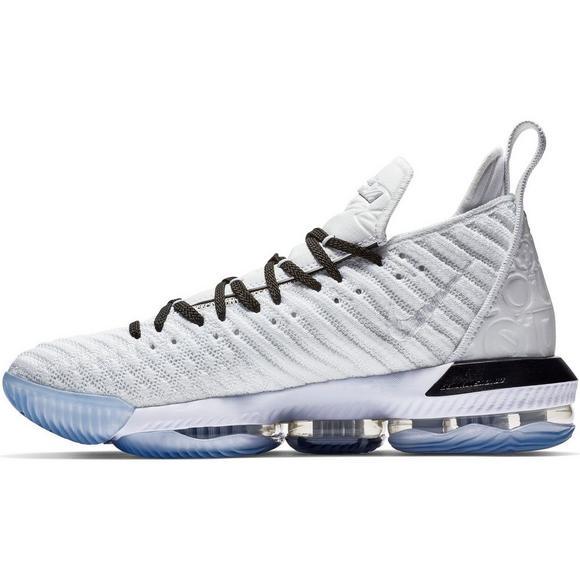 529d9b4e543d6 Nike LeBron 16