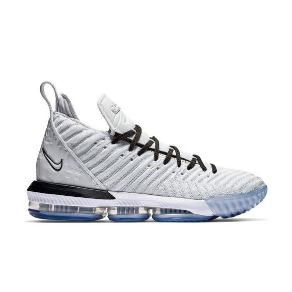 the best attitude c80a7 5b3d6 Nike LeBron 16