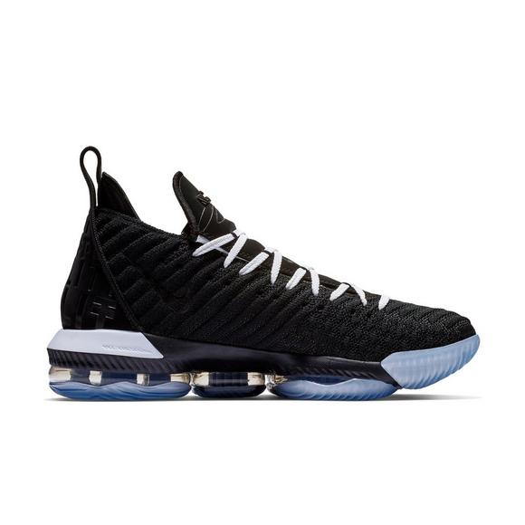 the best attitude 6549f 04ab0 Nike LeBron 16