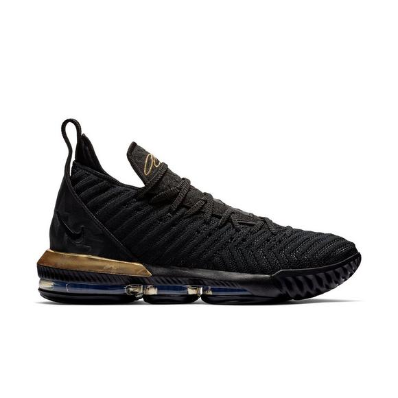 competitive price 1d195 01fec Nike LeBron 16