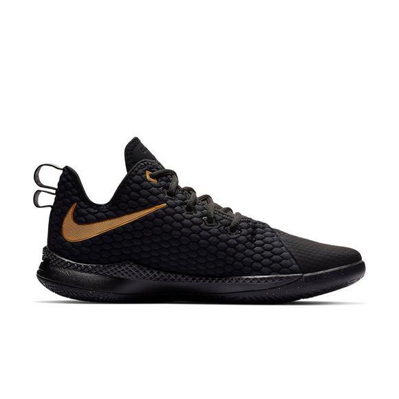 948ac7b411a Nike LeBron Witness 3