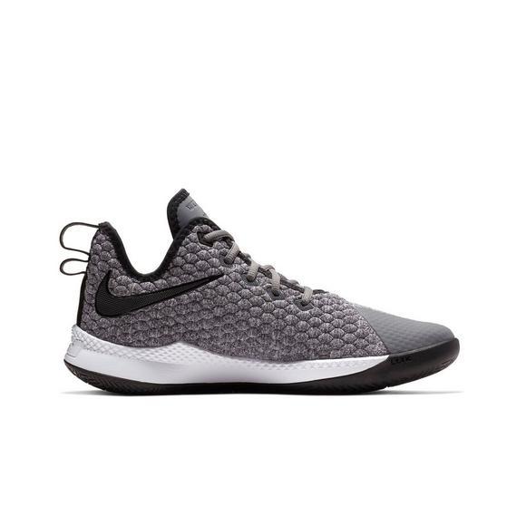5036e7071421 Nike Lebron Witness III