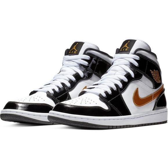 sports shoes da867 6e4a4 Jordan 1 Mid SE