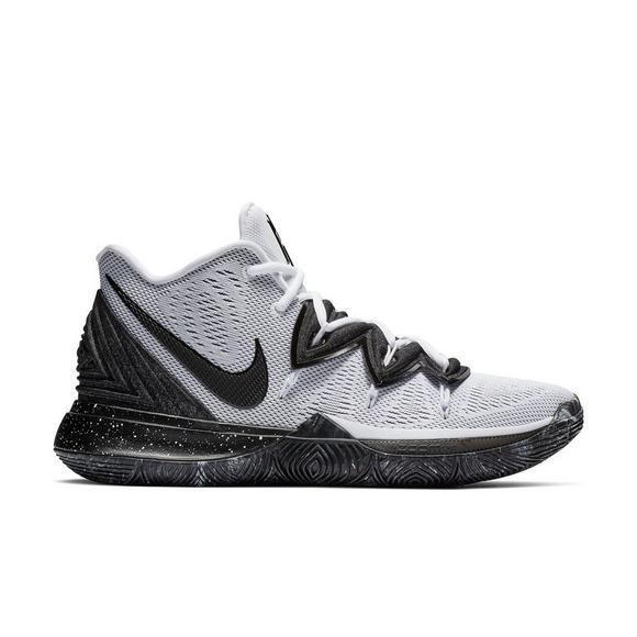 Basketball Shoe Kyrie Nike 5 Whiteblack Men's tshdCxBQr