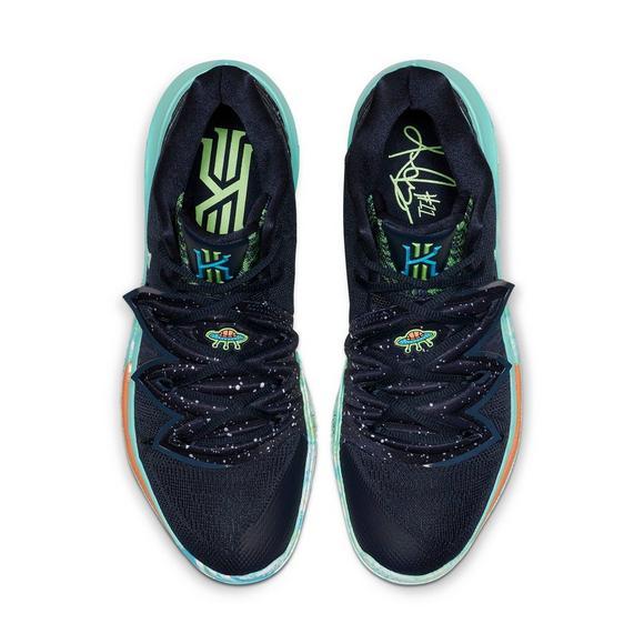 best loved 2ae57 d8402 Nike Kyrie 5
