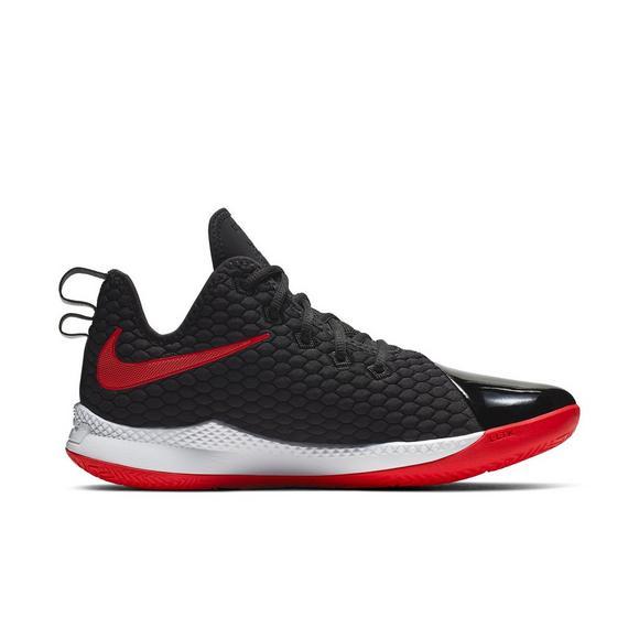 online retailer 77538 95d85 Nike LeBron Witness III PRM