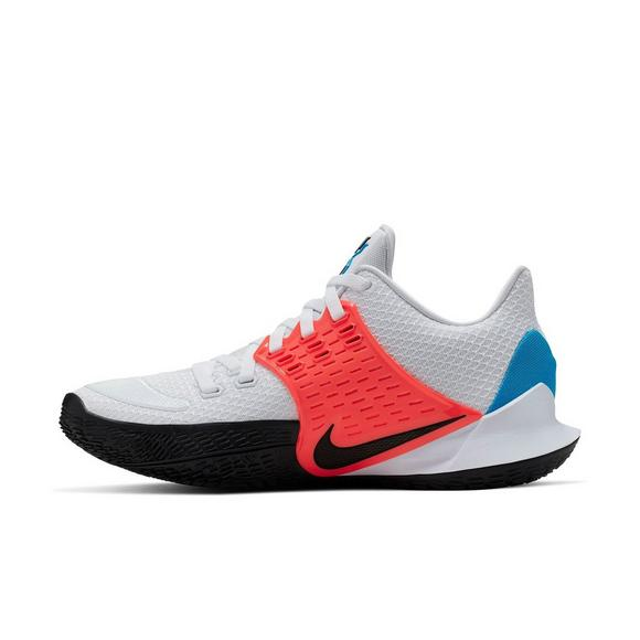 new product 7af1a 1de61 Nike Kyrie Low 2