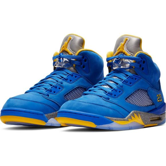 new products 38317 f73e4 Jordan 5 Retro