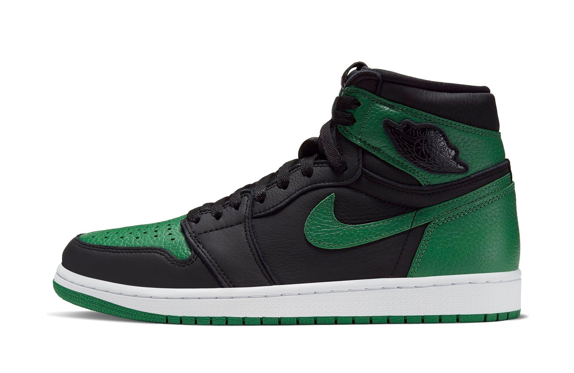 Left side of Air Jordan 1 OG Pine Green