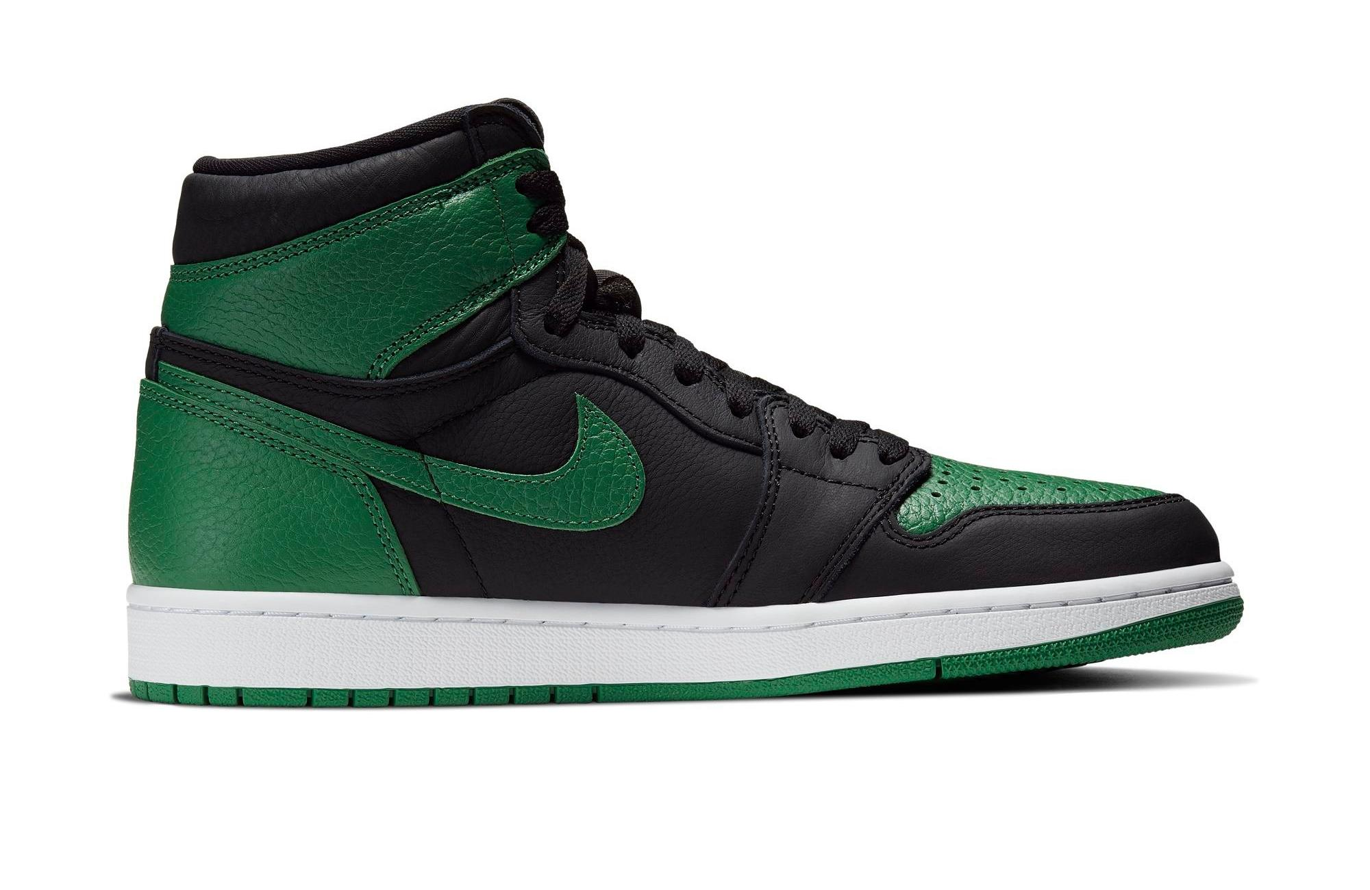 "Right side of Air Jordan 1 OG ""Pine Green"""