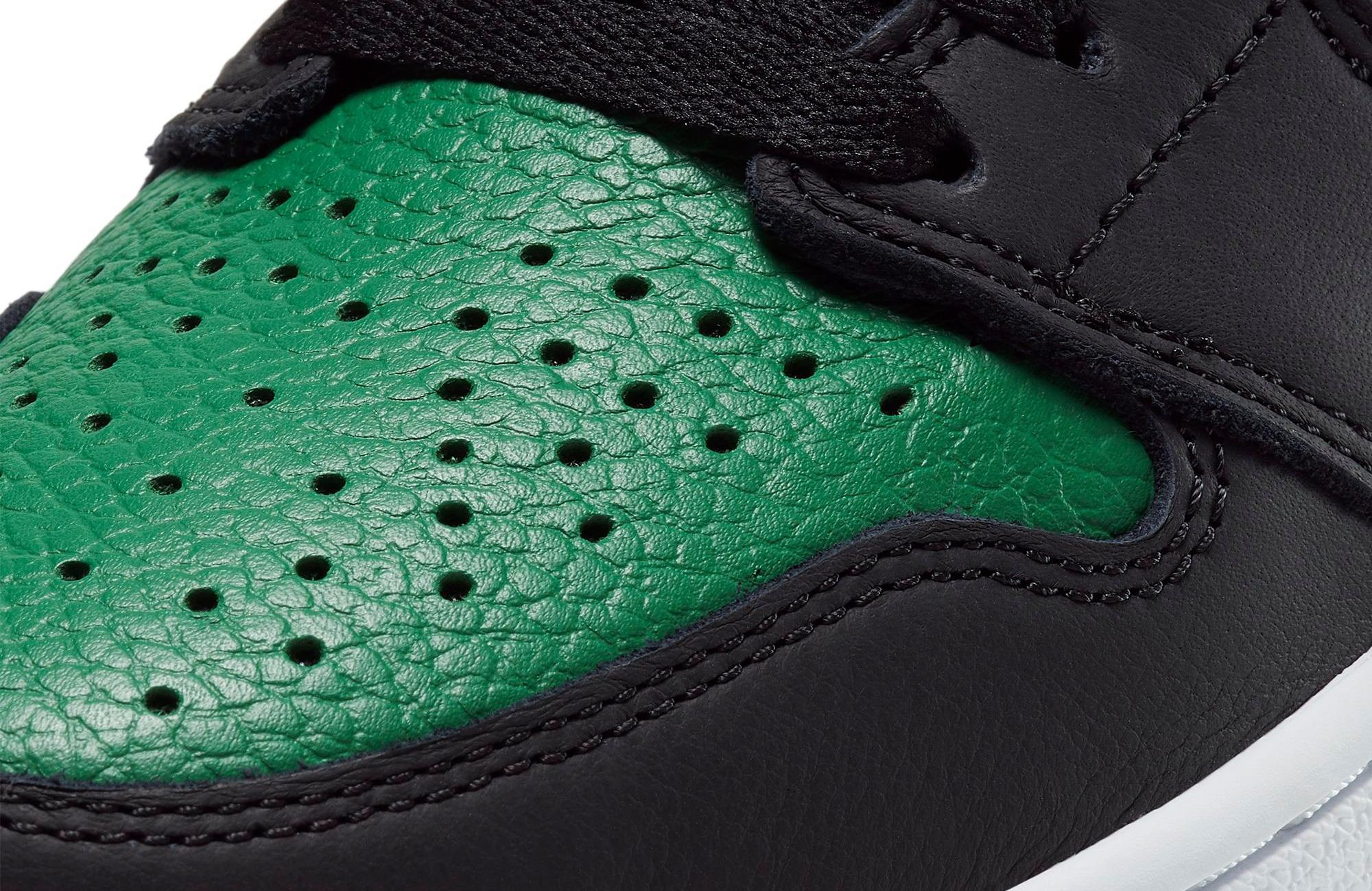 Toe box of Air Jordan 1 OG Pine Green