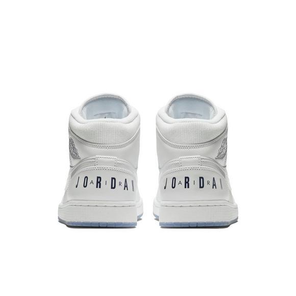 pretty nice 42fd6 10350 Jordan 1 Mid