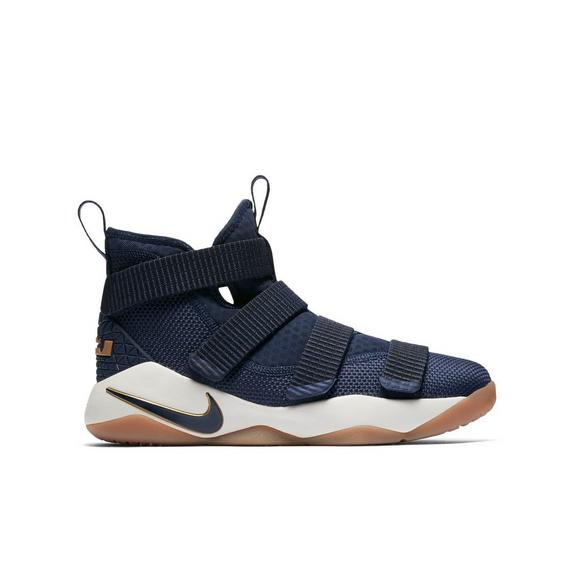 hot sale online e0a57 ffaea Nike Lebron Soldier 11