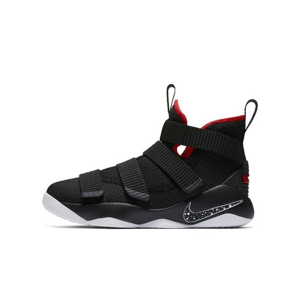 buy online 95a8c 8cc62 Nike Lebron Soldier 11