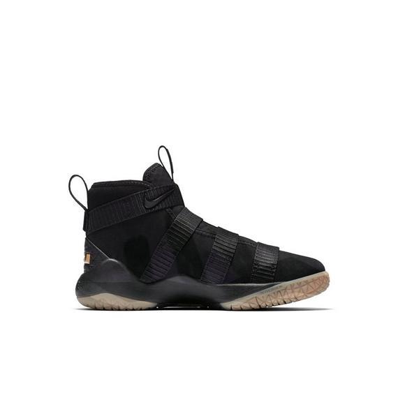 85c560c69c9e Nike Lebron Soldier 11