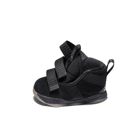 b92c2616347ed Nike Lebron Soldier 11