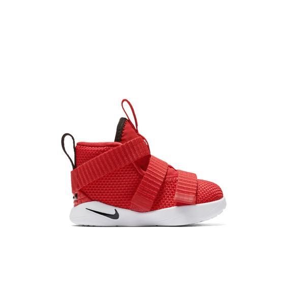caf8831e0af8b Nike Lebron Soldier 11