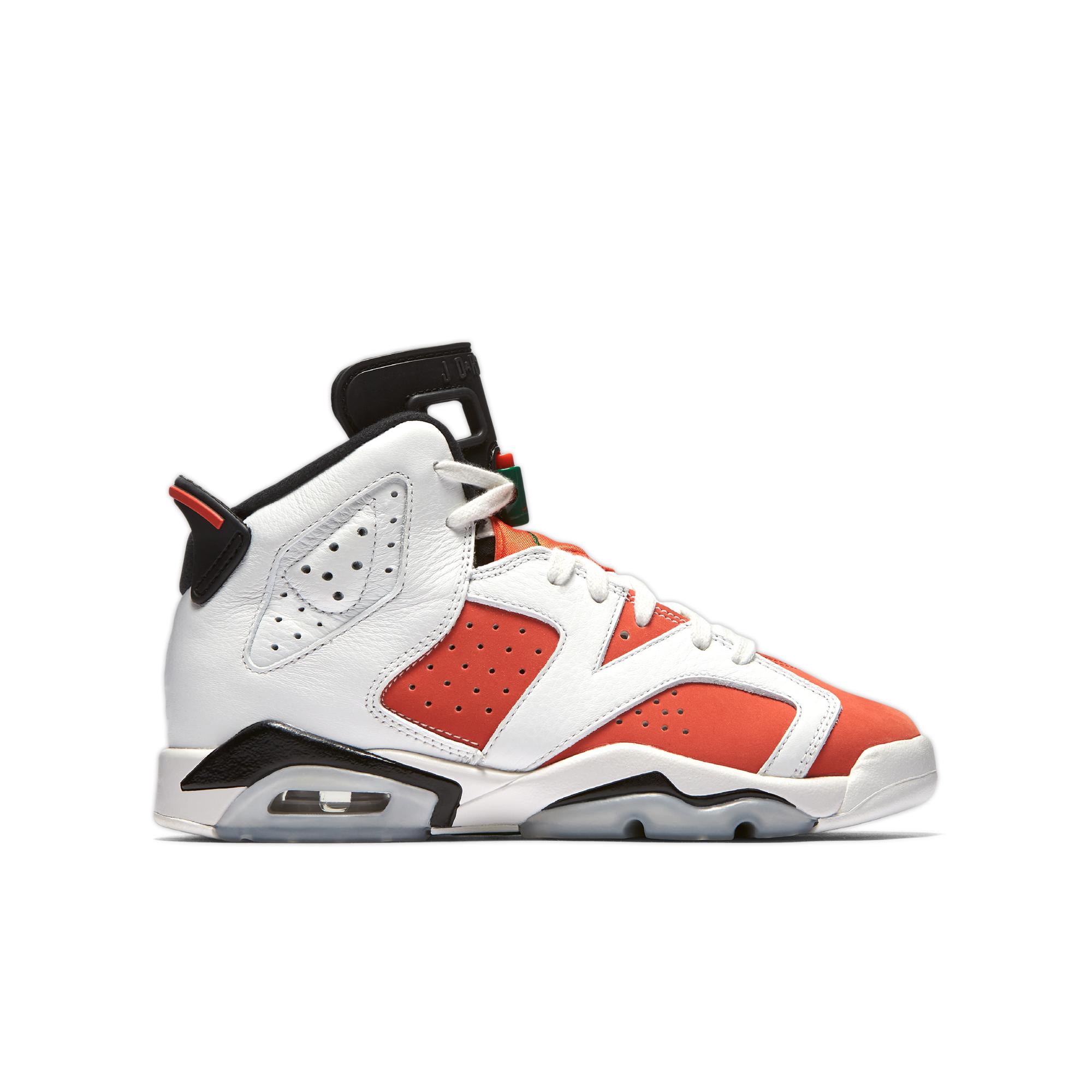 Jordan 6 Retro \